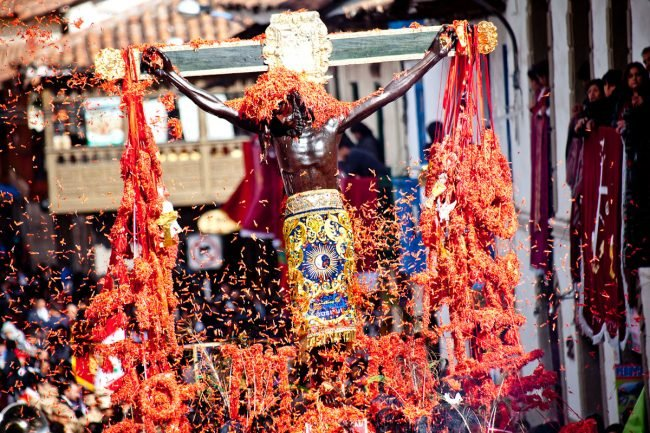 Lord of the Earthquakes: Holy Week in Cusco, Perú